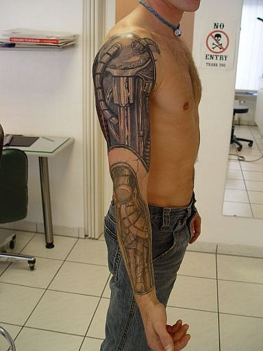Tattoo Galerie - Motive - Biomechanik - House of Pain